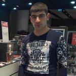 Foto Colak Tovmasyan, Saya mencari Wanita - Wamba