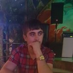 Photo Misak Sargsyan, I'd like to meet a girl aged 18 - 30 years old - Wamba: online chat & social dating