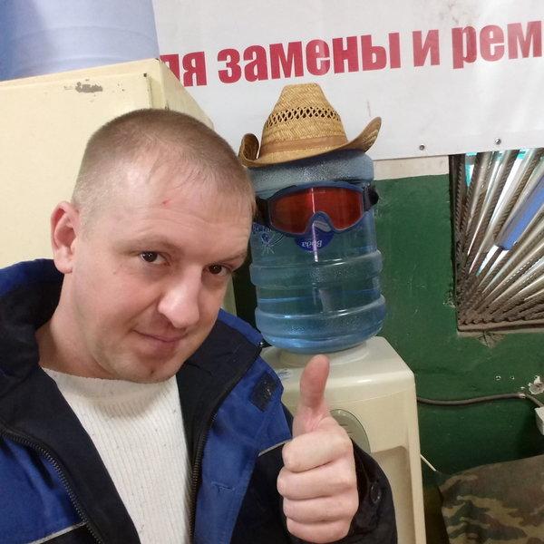 Саня Ковров