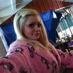 Photo Hellen, I'd like to meet a guy - Wamba: online chat & social dating
