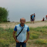 Foto Sasun Mkrtchyan, sto cercando Donna - Wamba