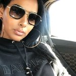 Photo Donnaloyal, I'd like to meet a guy aged 26 - 35 years old - Wamba: online chat & social dating
