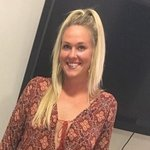 Photo Jennifer, I'd like to meet a guy aged 41 - 80 years old - Wamba: online chat & social dating