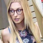 Photo Grace Alexa, I'd like to meet a guy aged 31 - 40 year - Wamba: online chat & social dating