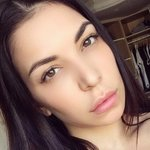 Photo Amina, I'd like to meet a guy aged 26 - 40 years old - Wamba: online chat & social dating