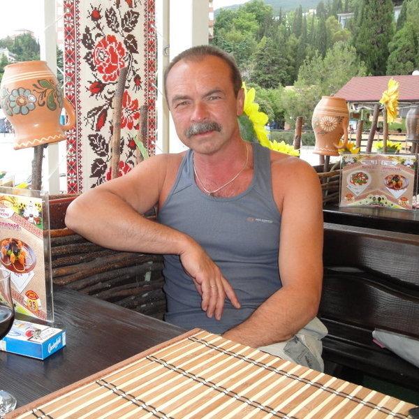 Владимир Фонарев