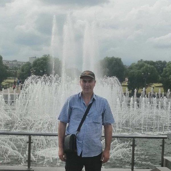 Искандер Алигаев