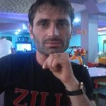 Photo Aram, I'd like to meet a girl aged 18 - 30 years old - Wamba: online chat & social dating