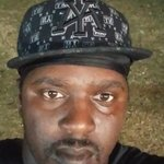 Photo Dj, I'd like to meet a girl - Wamba: online chat & social dating