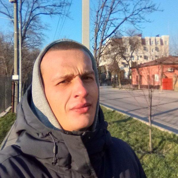 Глеб Белоконь