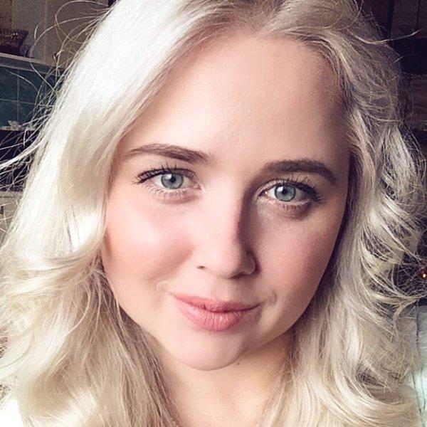 Елена Глазова