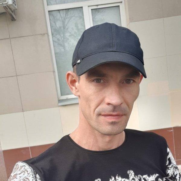 Юрий Валерьевич