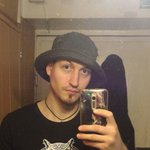 Photo Bert, I'd like to meet a girl - Wamba: online chat & social dating