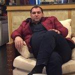 Foto Gor Mkrtchyan, Saya sedang mencari Wanita - Wamba
