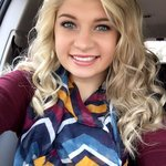 Photo Angela, I'd like to meet a guy - Wamba: online chat & social dating