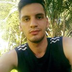 Photo Hector, I'd like to meet a girl - Wamba: online chat & social dating