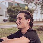 Снимка Luciano,Искам да срещна с жена на възраст 18 - 25 години - Wamba: онлайн чат & соушъл дейтиг