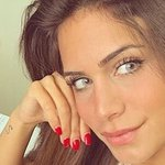 Photo Laura, I'd like to meet a guy aged 18 - 80 years old - Wamba: online chat & social dating