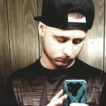 Photo Tyler, I'd like to meet a girl - Wamba: online chat & social dating