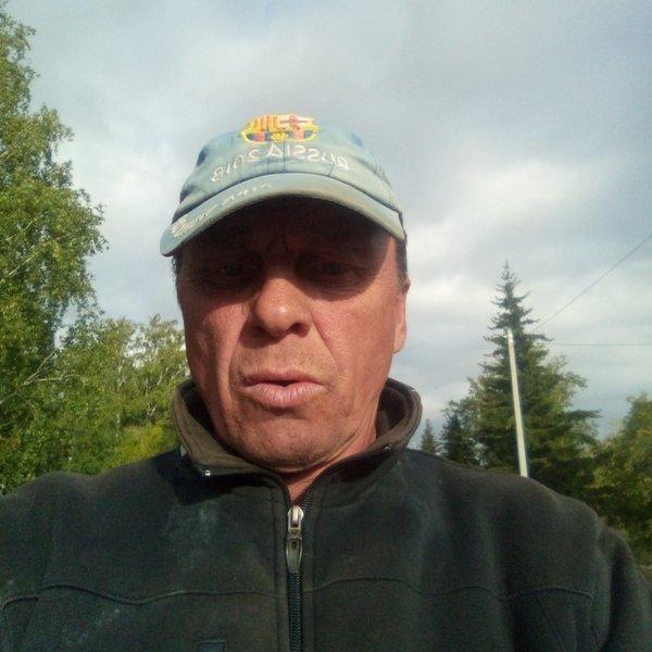 Виктор Махота