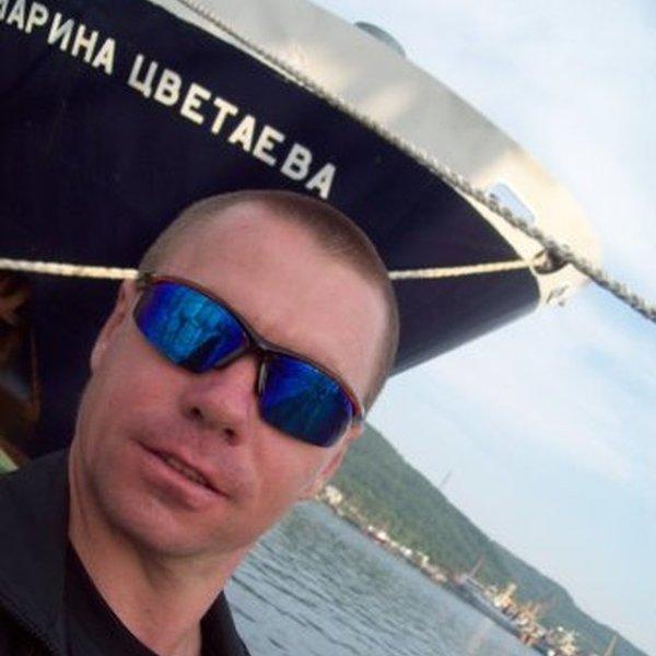 Карамазов Виктор