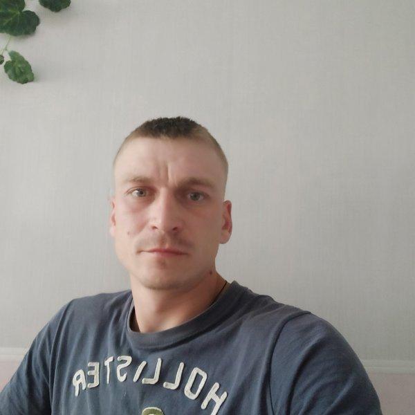 Ростислав Солдатов