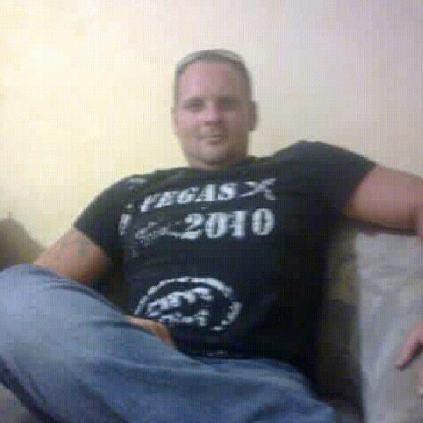 Влад Лановой