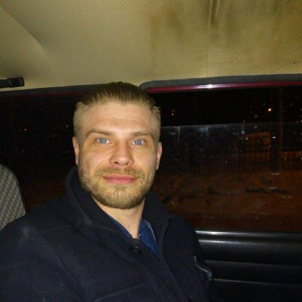 Борис Викторов