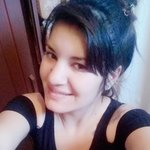 Photo Yesi Yesi, I'd like to meet a guy - Wamba: online chat & social dating