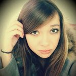 Photo Fida, I'd like to meet a guy or a girl aged 26 - 30 years old - Wamba: online chat & social dating