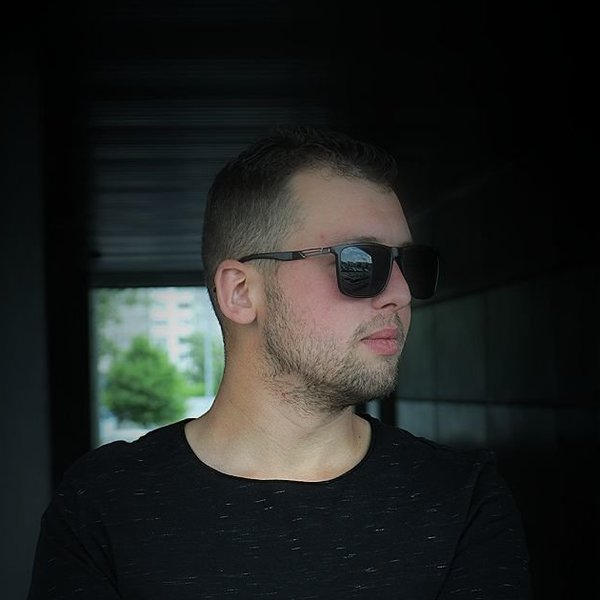 Никита Максимов
