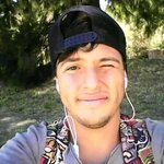 Photo Emiliano, I'd like to meet a girl aged 21 - 25 year - Wamba: online chat & social dating