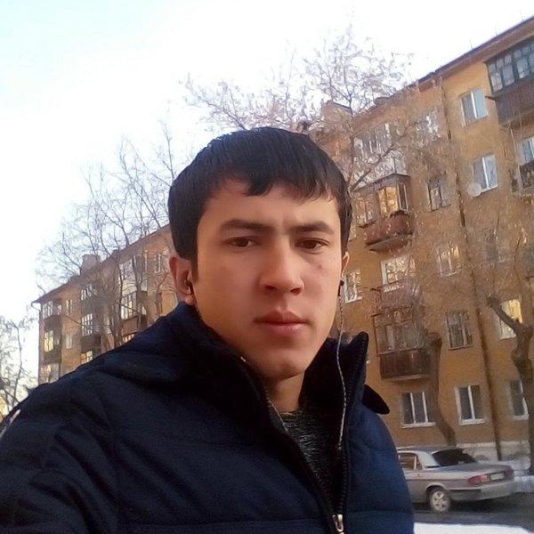 Ризвон Джураев