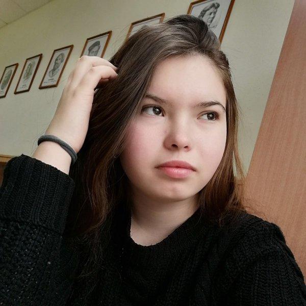 Полина Долматова