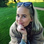Photo Julia Smith, I'd like to meet a guy aged 31 - 60 years old - Wamba: online chat & social dating