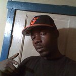 Photo Wayne, I'd like to meet a girl - Wamba: online chat & social dating