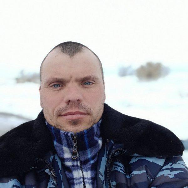 Владислав Любин