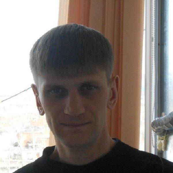 Юрий Макаренко