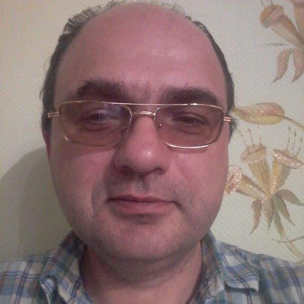 Миша Татаринцев
