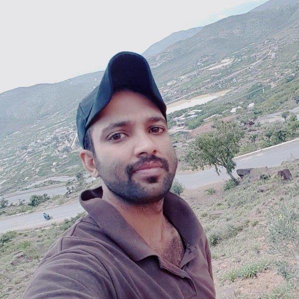 Tariq Qureshi