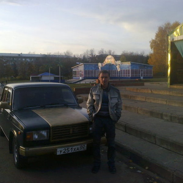 Рустам Фахриев