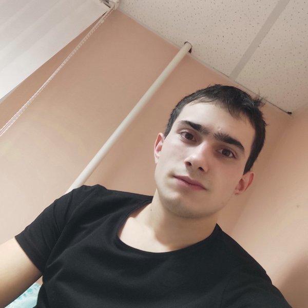 Финат Валеев