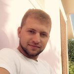 Photo Armand Kn, I'd like to meet a girl aged 18 - 30 years old - Wamba: online chat & social dating