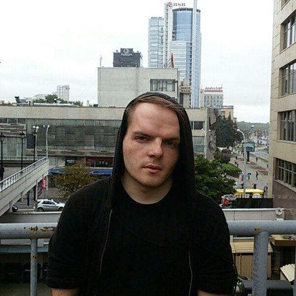 Денис Новик