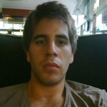 Photo Carlos, I'd like to meet a girl - Wamba: online chat & social dating