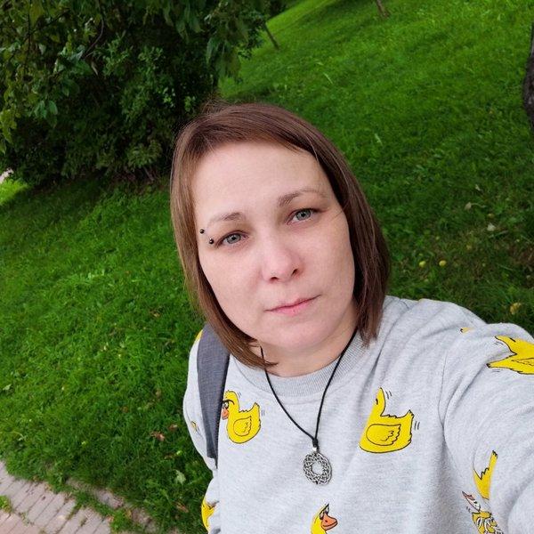 Саша Богданова