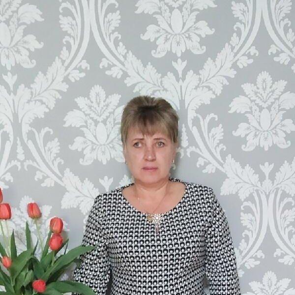 Лариса Крот