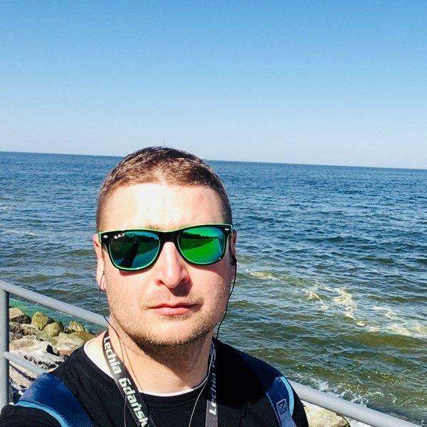 Павел Ефименко