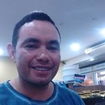 Photo Carlos Castro, I'd like to meet a girl aged 18 - 25 years old - Wamba: online chat & social dating