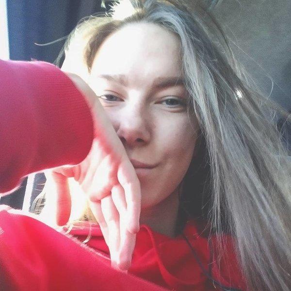 Юли Обманщица
